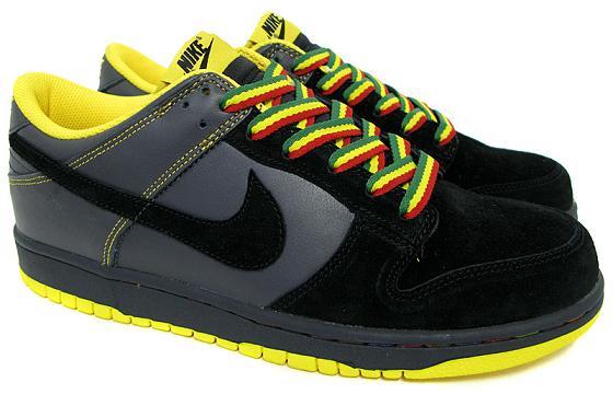 Nike Dunk Low Rasta