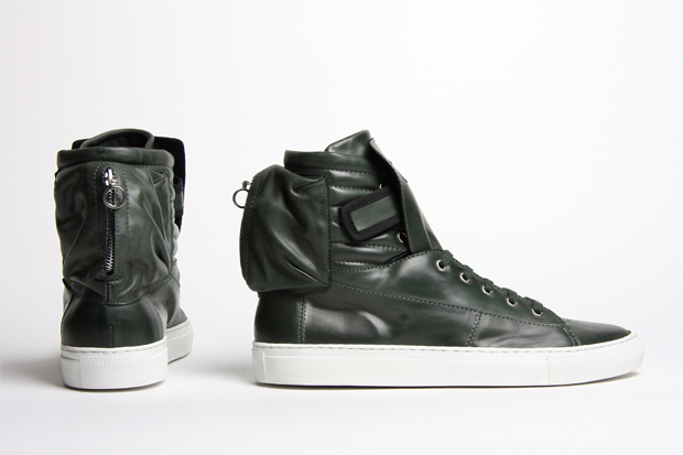 raf-simons-2010-spring-summer-astronaut-sneakers