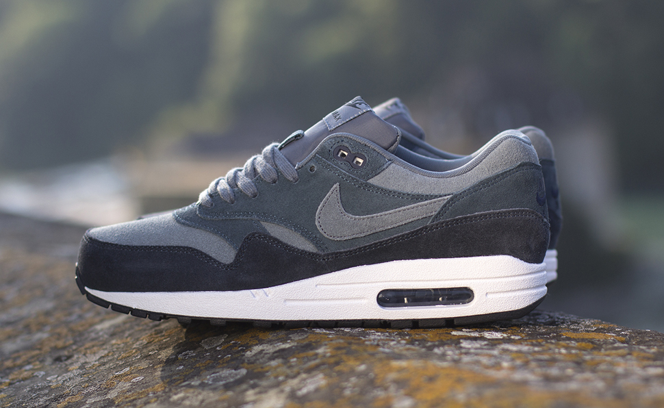 "Nike Air Max 1 Essential ""Armory Slate"