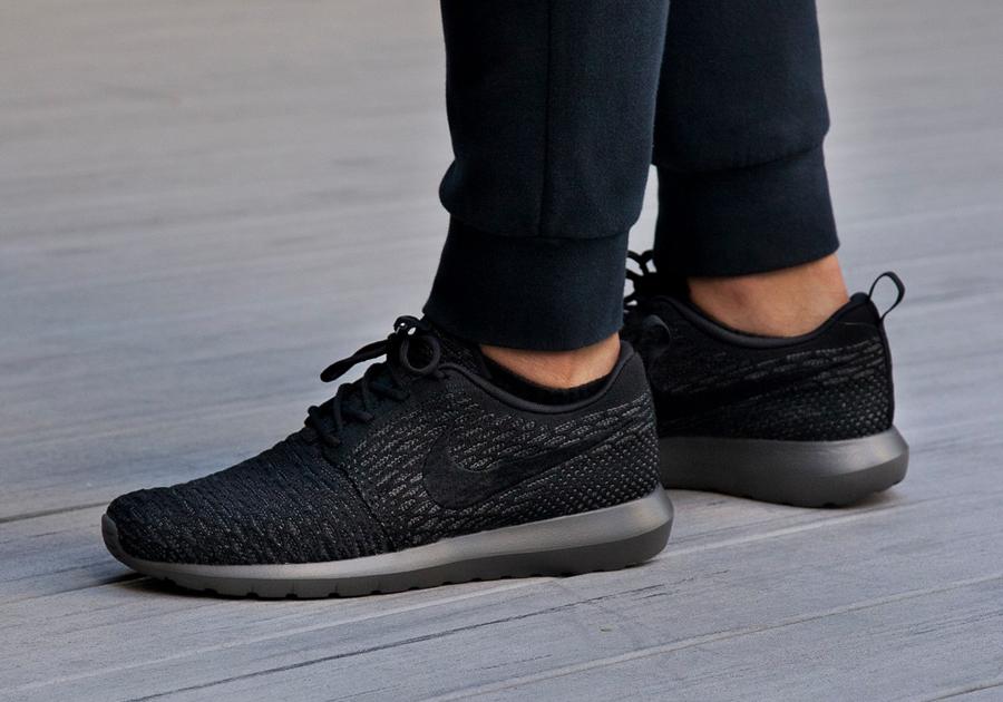 Radiant Model US Women's Nike Roshe One Flyknit Casual Shoes Dark GreyBlackWolf Grey On Sales