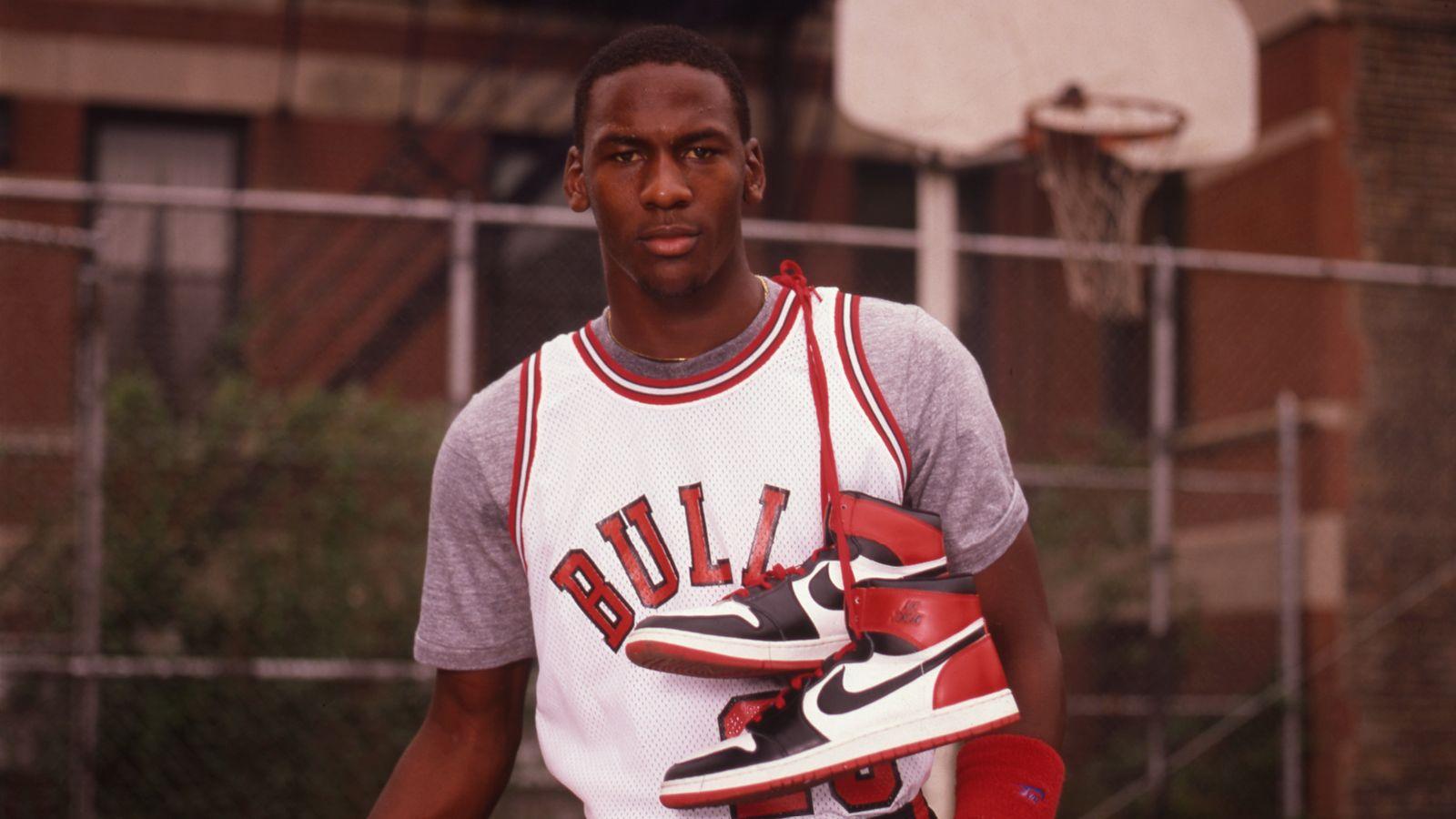 Oxidar recinto dirigir  A Look Back At Our Favorite Nike Basketball Signature Athletes •  KicksOnFire.com
