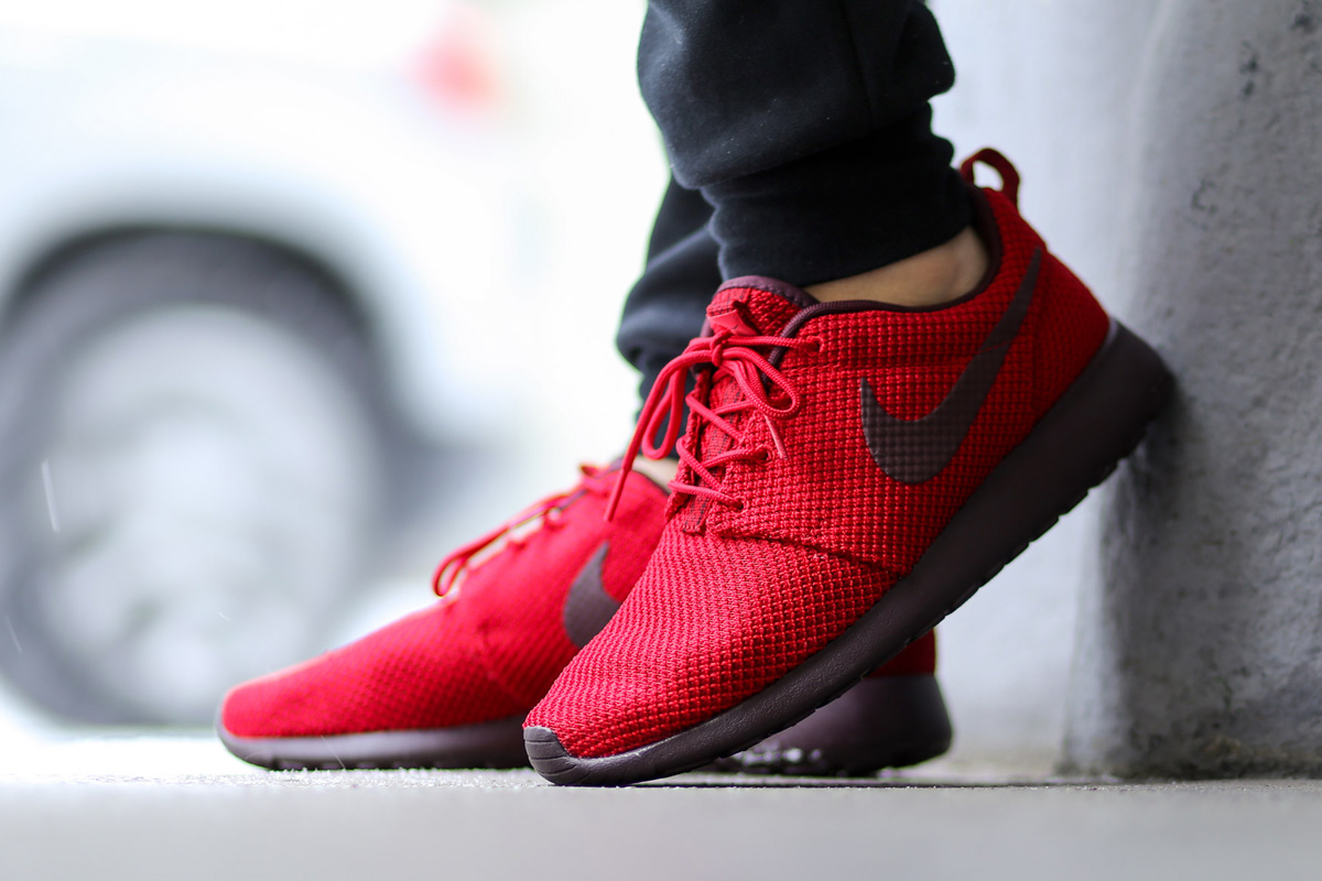 great fit f2285 8104c Sweet Valentine  Nike Roshe Run - Gym Red   Burgundy • KicksOnFire.com