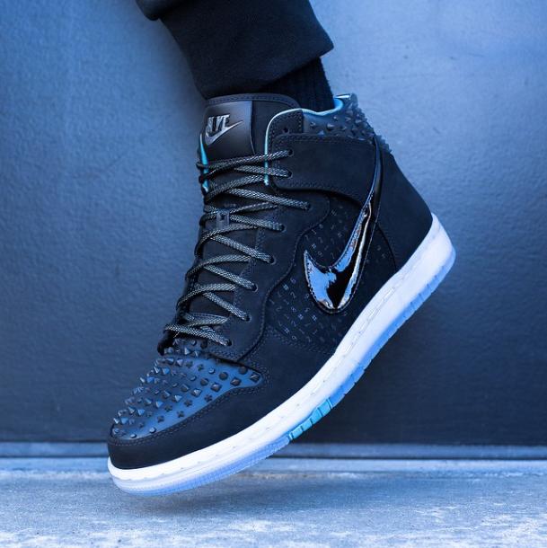 "premium selection e645a 63cb3 Release Reminder  Nike Dunk High CMFT Premium ""All Star"""