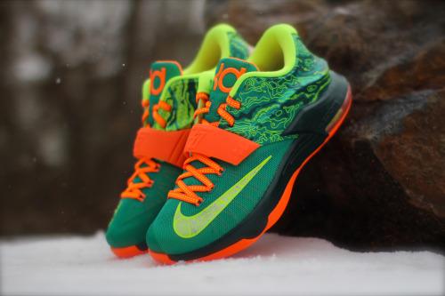 new concept 440b4 7aeff Nike KD 7 Weatherman • KicksOnFire.com