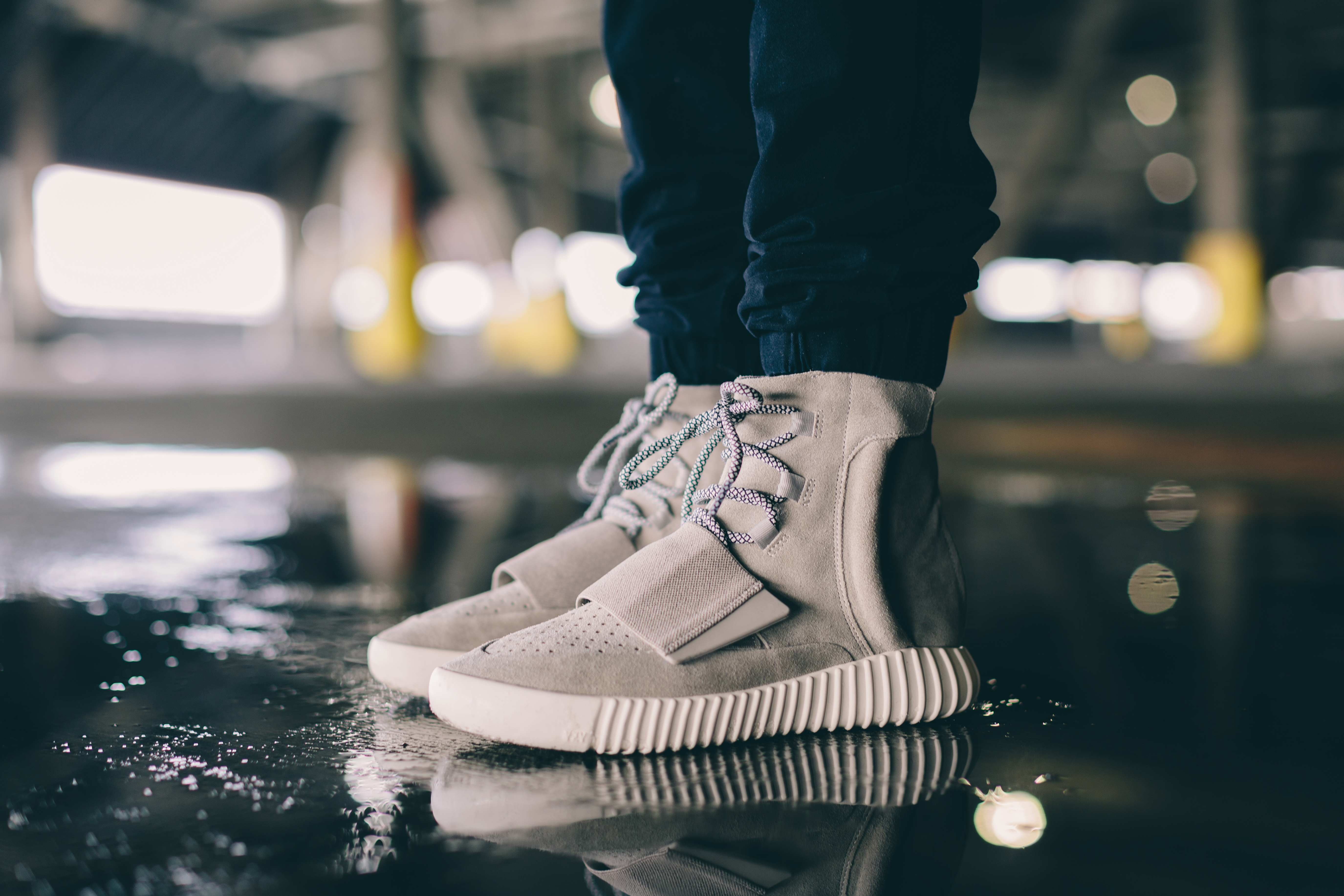 more photos 30f64 0e228 An On-Foot Look At The adidas Originals Yeezy 750 Boost ...