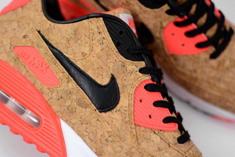 The Nike Air Max 90
