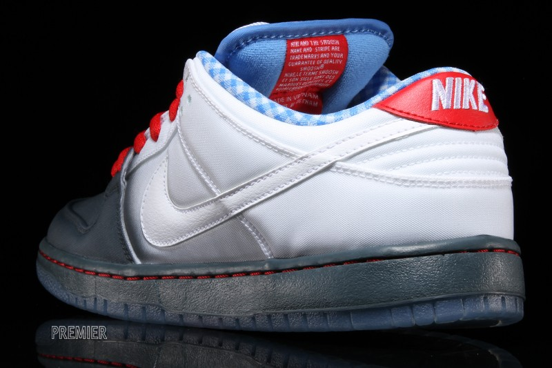 premium selection 5d1dc d133a Walk Down The Yellow Brick Road In The Nike SB Dunk Low ...