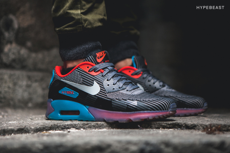 Nike Air Max 90 Jacquard Ice Pack Available