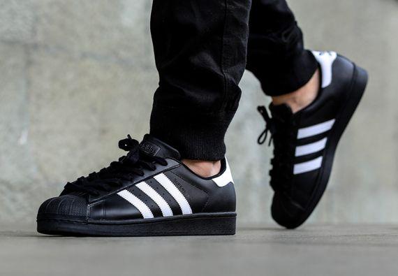 adidas superstar black laces