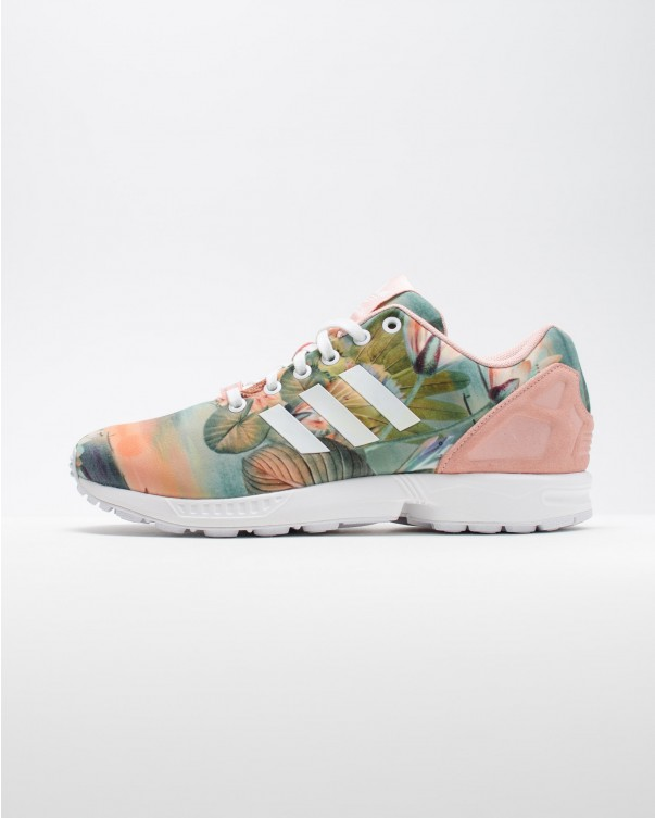 finest selection 15d56 aa4ec Nothing But Good Vibes With This adidas Originals ZX Flux ...