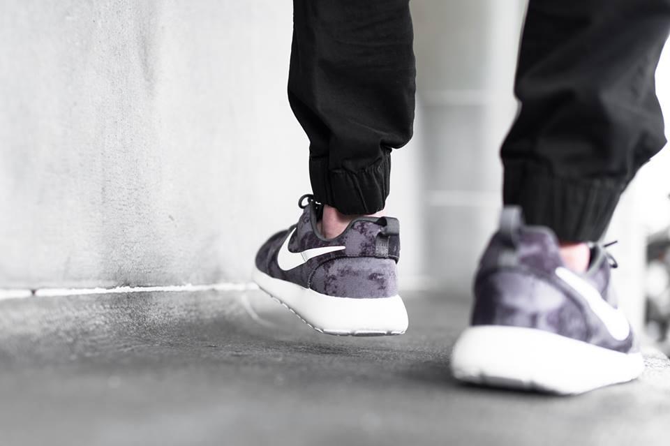 """info for 026e5 d34d2 Nike Roshe One Print """"Dark Grey/White-Black"""" • KicksOnFire.com"""