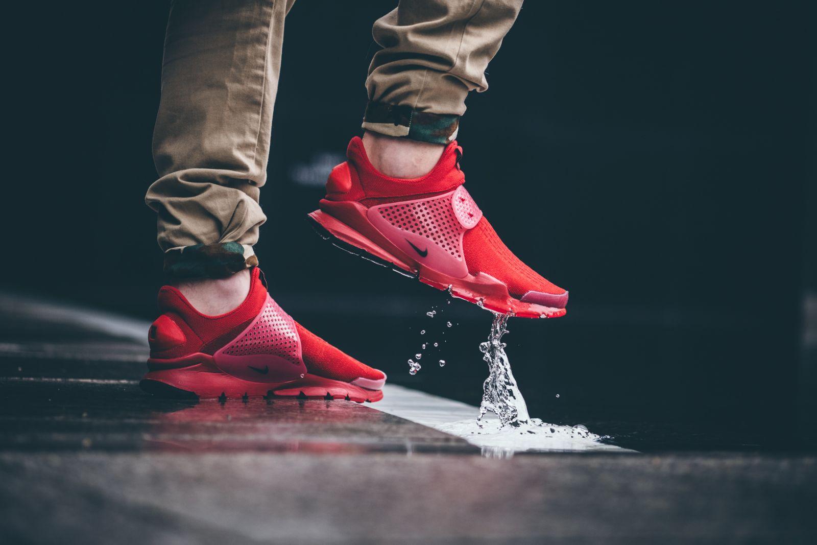 On Feet Shots of The Nike Sock Dart