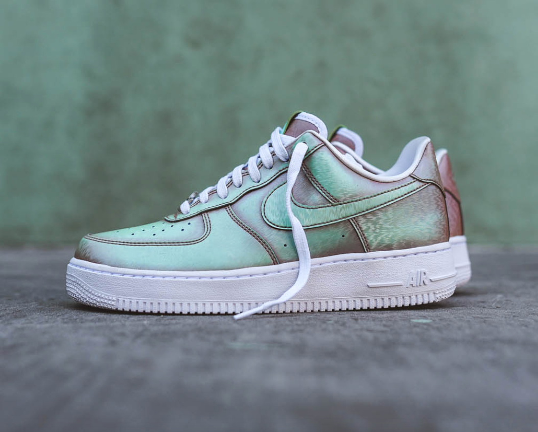 buy online 9fec1 4681e The Nike Air Force 1 Low