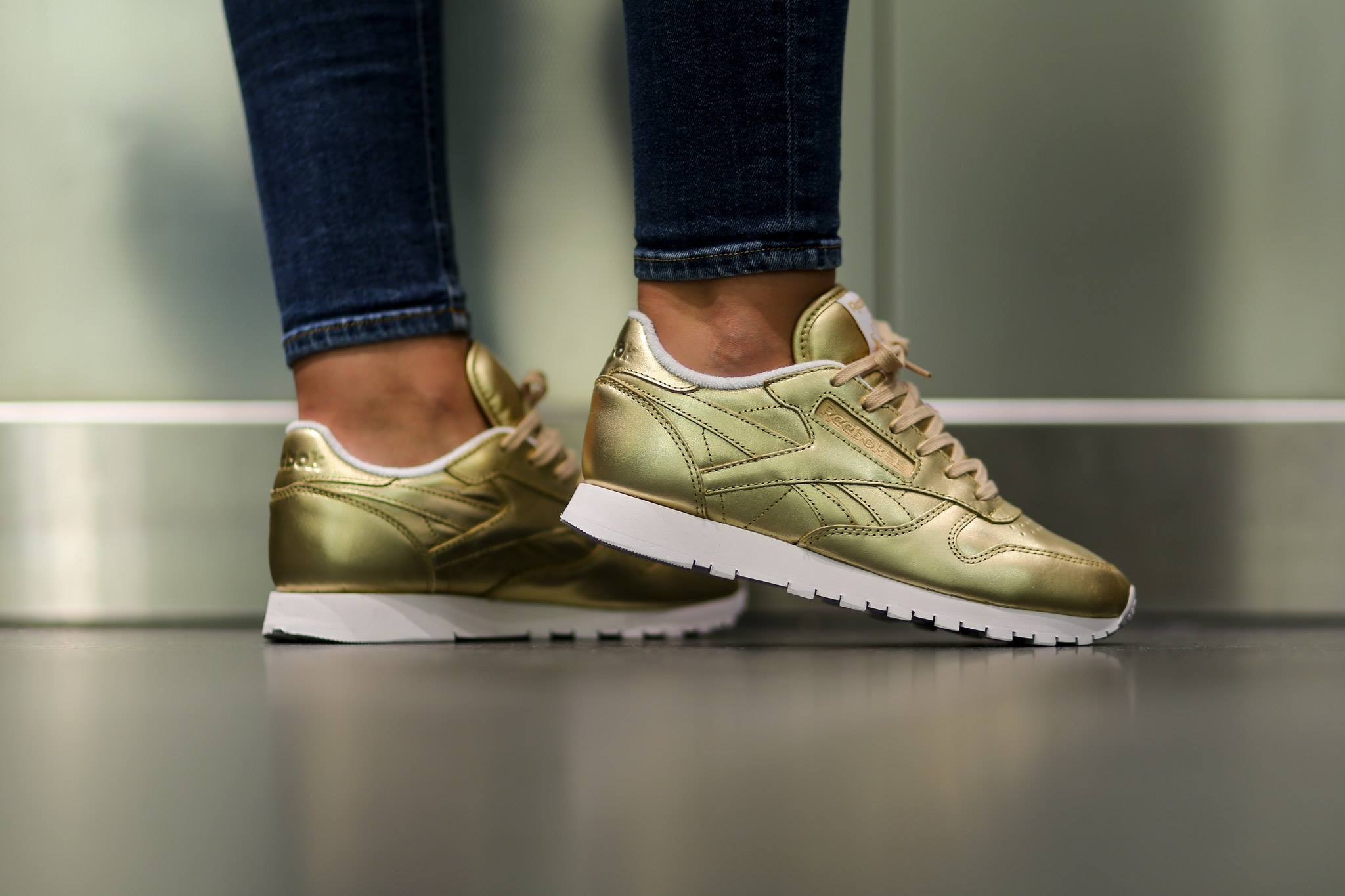 Reebok Classic Leather Light Gold Face
