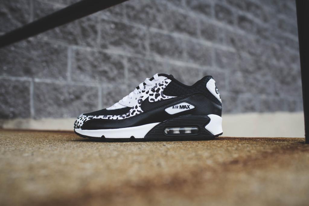 Nike Air Max 90 GS Black White Snakeskin Cheetah Sneaker