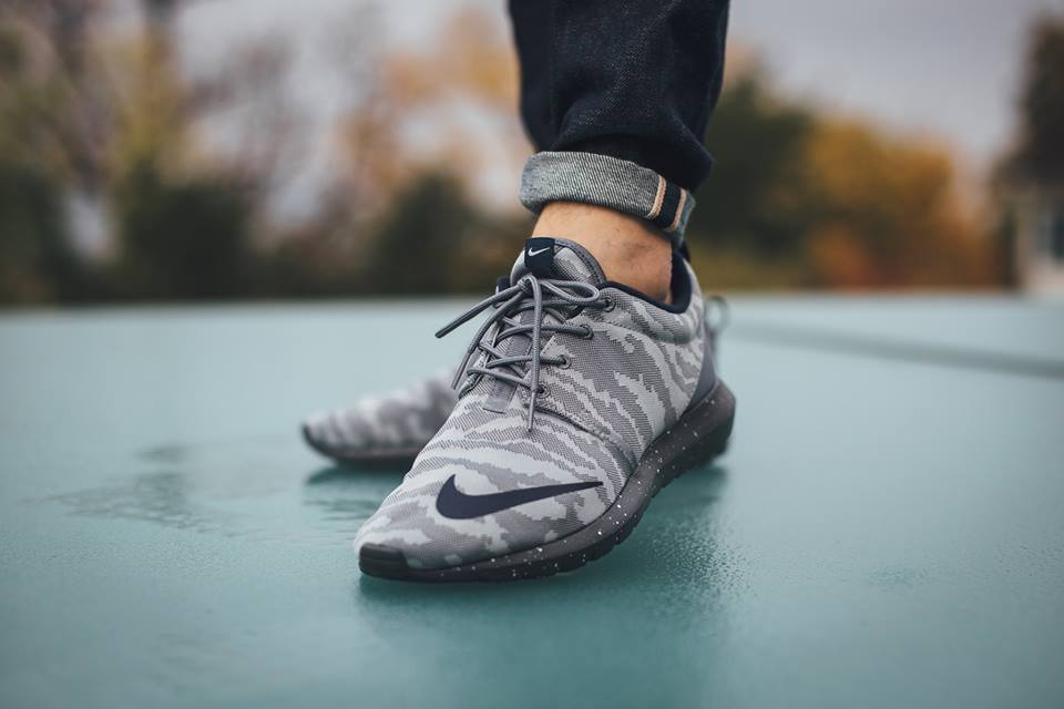 """separation shoes cf6a2 df331 An On-Feet Look At The Nike Roshe Run NM FB """"Grey Camo"""""""