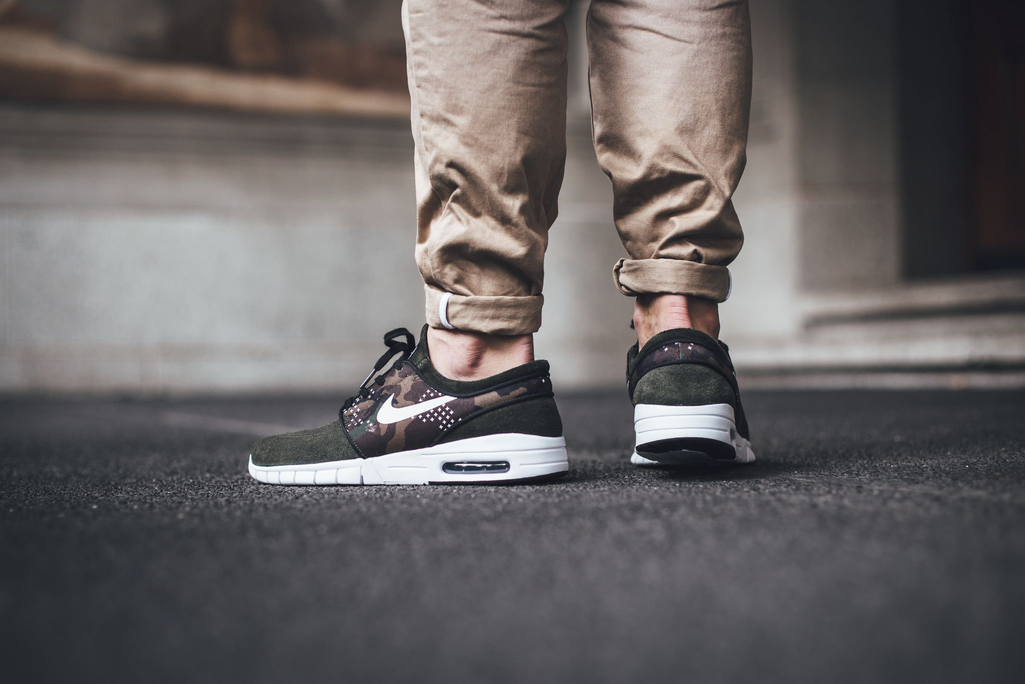 2c81d07a744e6 Camouflage Accents the New Nike SB Stefan Janoski Max. Oct 9, 2015.  Camouflage motifs have been a staple aesthetic element in menswear for the  past few ...