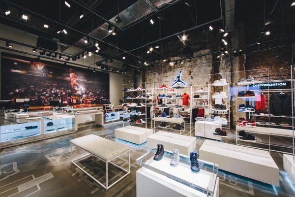 Take a Look Inside The Air Jordan 32 South State Store In