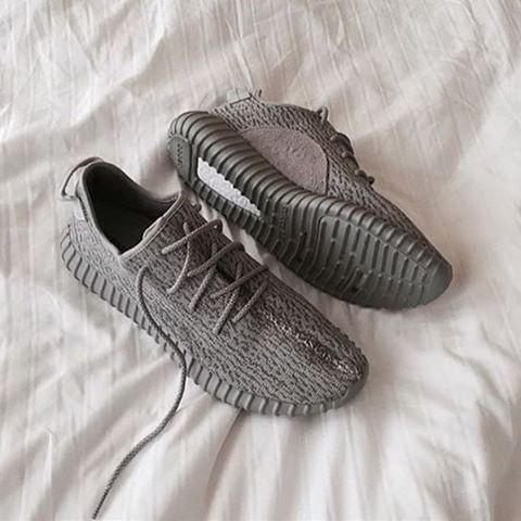 adidas Yeezy Boost 350 Moonrock sneaker_mob