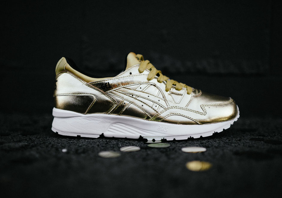 finest selection b51d9 c0d72 Stay Flossy In This Asics Gel Lyte Metallic Pack ...