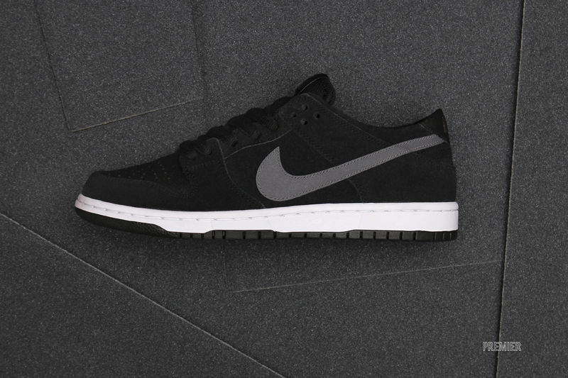 official photos 73781 b9317 A Pro Skateboarder Gets His Own Nike SB Dunk Lows ...