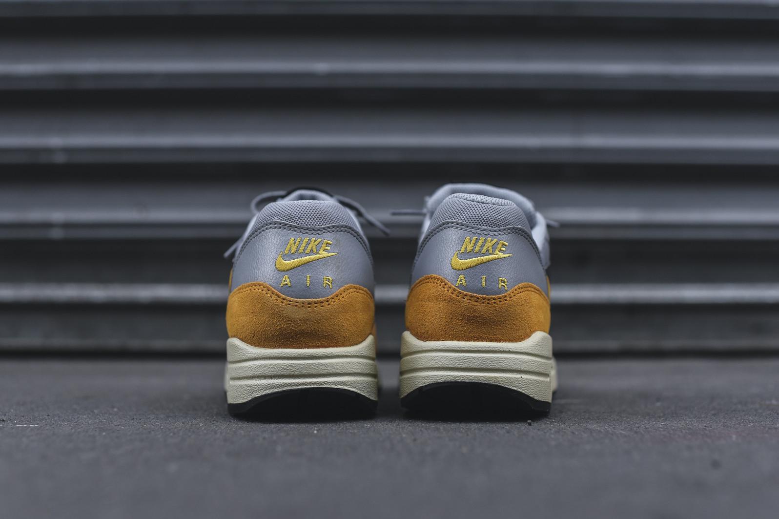 Nike WMNS Air Max 1 Essential Wolf Grey Gold Leaf – Kith