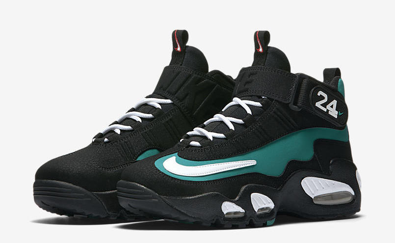 finest selection 8d854 0c02b Good news to all Ken Griffey Jr. fans, Nike has decided to bring back the Nike  Air Griffey Max 1 Freshwater. We got a look of the shoe a few days ago, ...