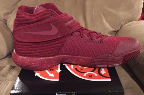 Nike-kyrie-2-team-red-suede 3