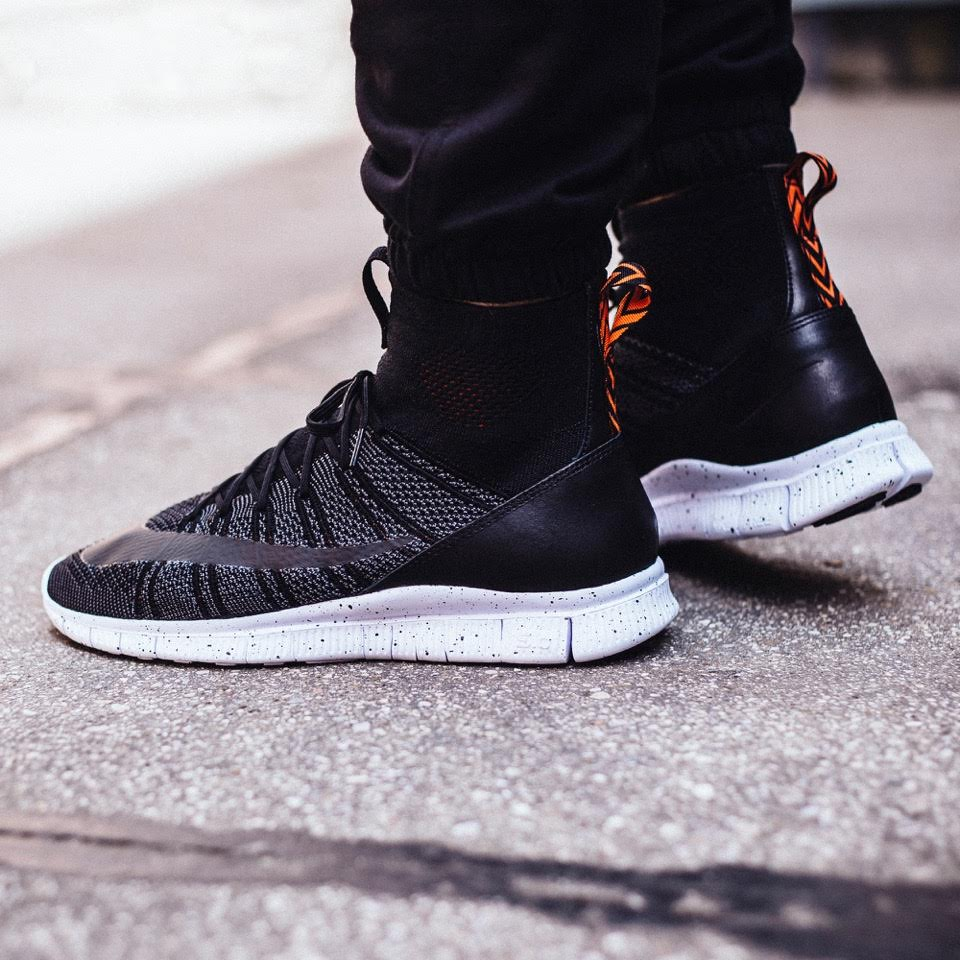more photos cd8ed 807ea Another Look At This New Colorway Of The Nike Free Flyknit ...
