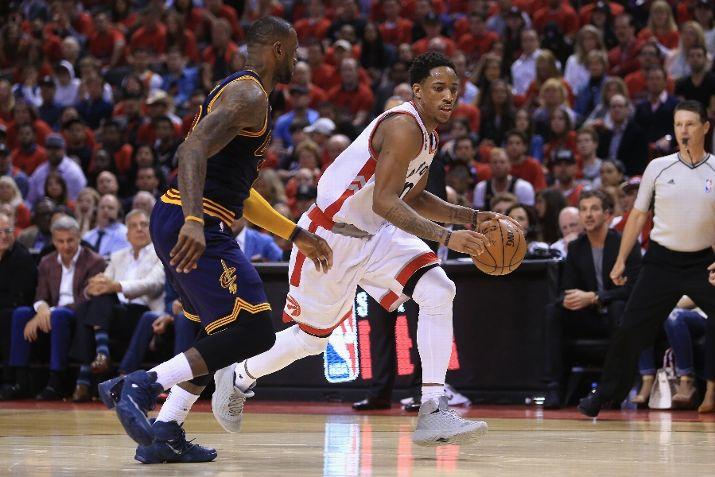 reputable site 59dad 78f99 NBA Kicks On Fire: DeMar DeRozan Double Dips With The Nike ...