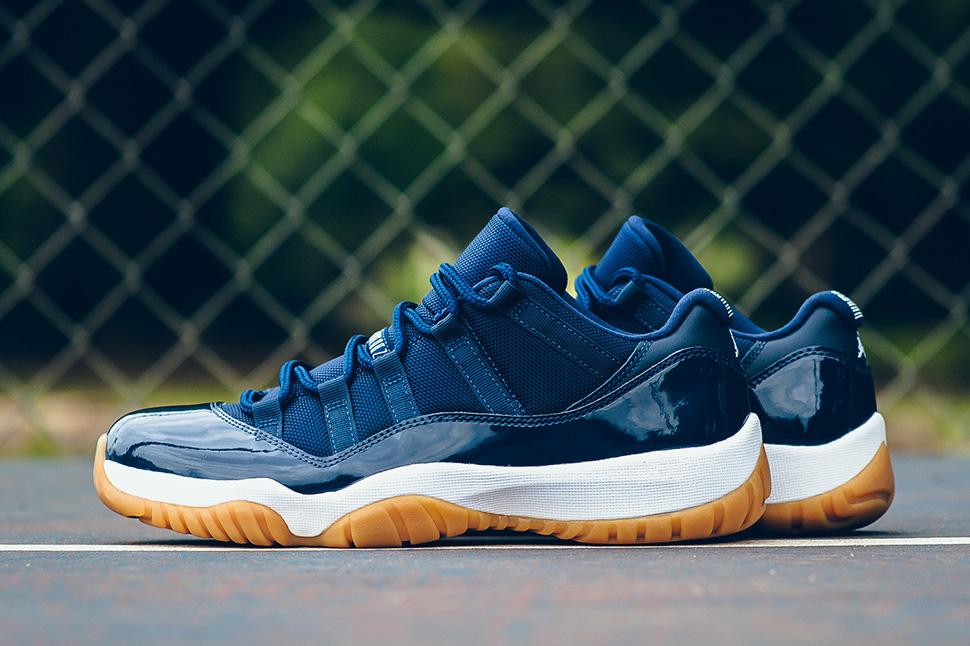 all navy blue jordan 11