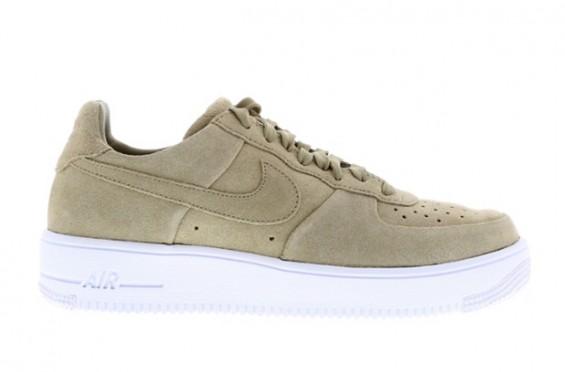 Nike Air Force 1 Low 14