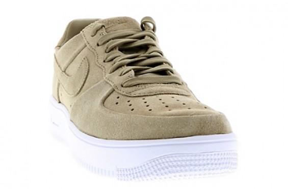 Nike Air Force 1 Low 15