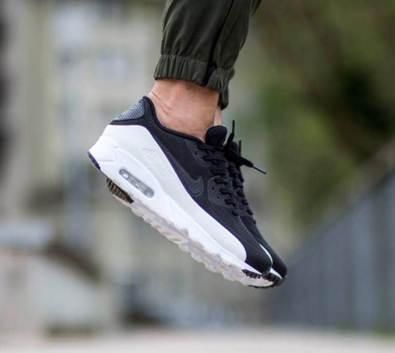 Nike Air Max 90 Ultra Moire Black & White