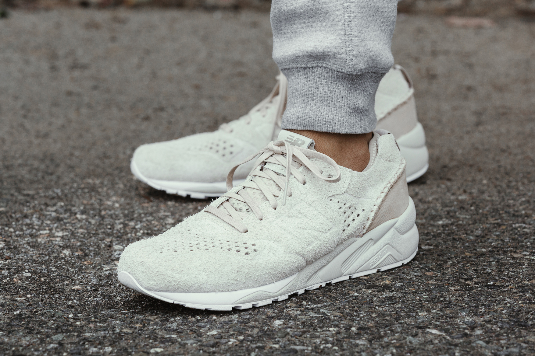 buy online c54bf d285c Release Date: wings + horns x New Balance 580 Deconstructed ...