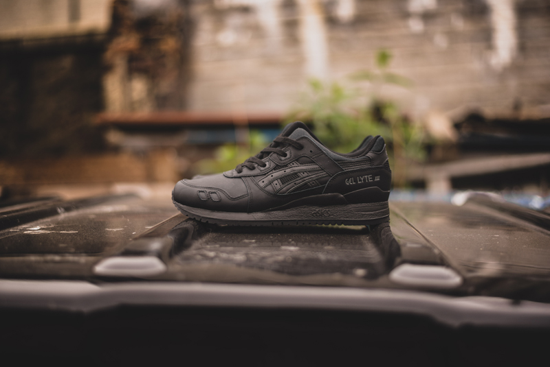 best sneakers 7100e 2a2bc Triple Black & Triple White For The Asics Gel Lyte 3 Leather ...
