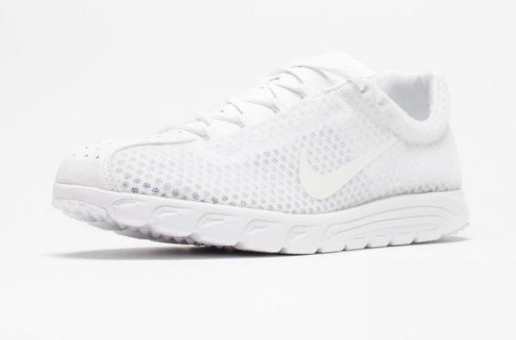 Nike Mayfly 2