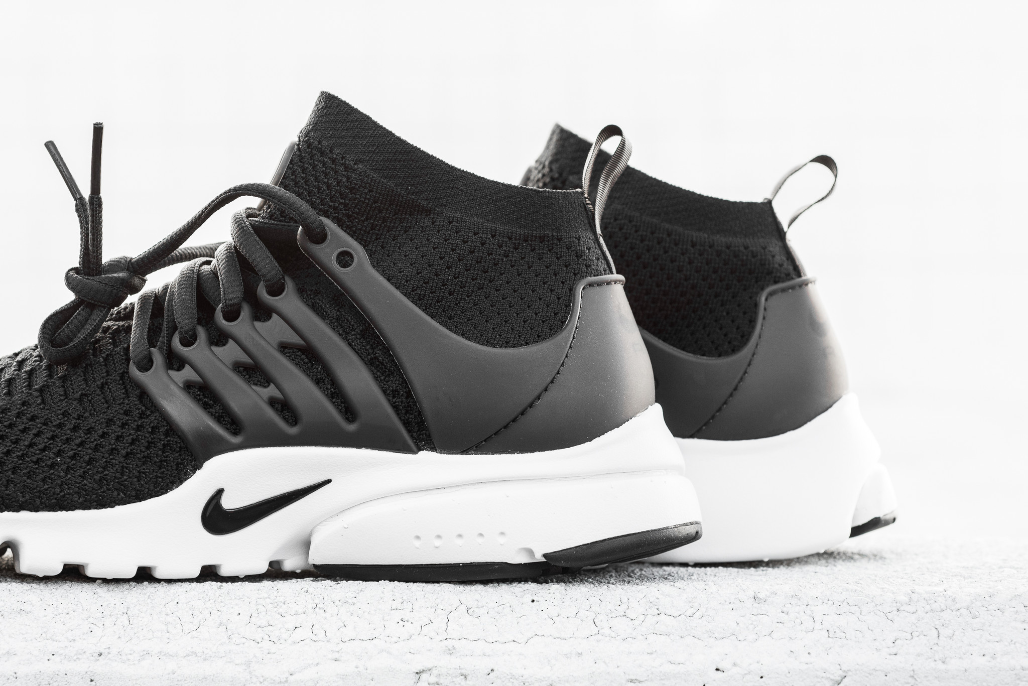 huge selection of 6760e 69810 Classic Shades On This Nike Air Presto Ultra Flyknit For Women