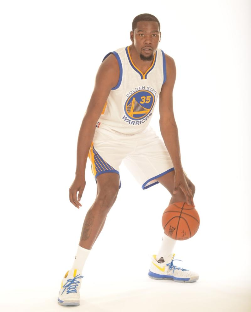 best sneakers 85c98 552e3 Kevin Durant Debuts A Special KD 9 For His First Photo Shoot ...