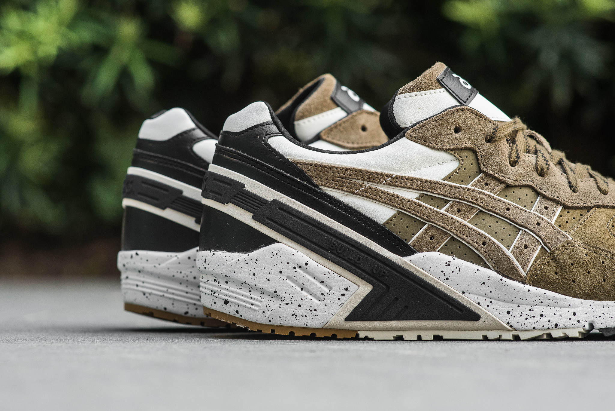 the best attitude 9beca f8060 The monkey time x Asics Gel Sight Olive Crown Arrives At ...