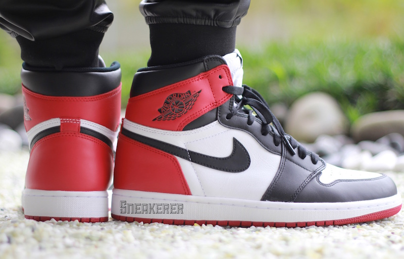 An On-Feet Look At The Air Jordan 1 Retro High OG Black Toe ...