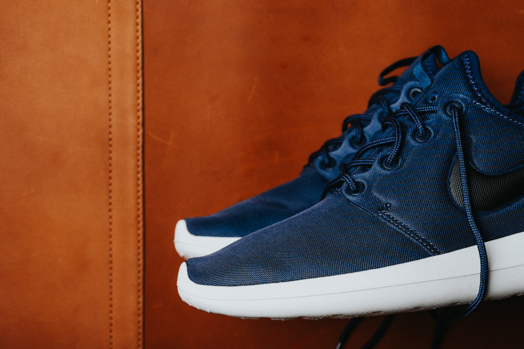 huge selection of bcc8b c7be7 Are You Picking Up The Nike Roshe Two Midnight Navy Next ...