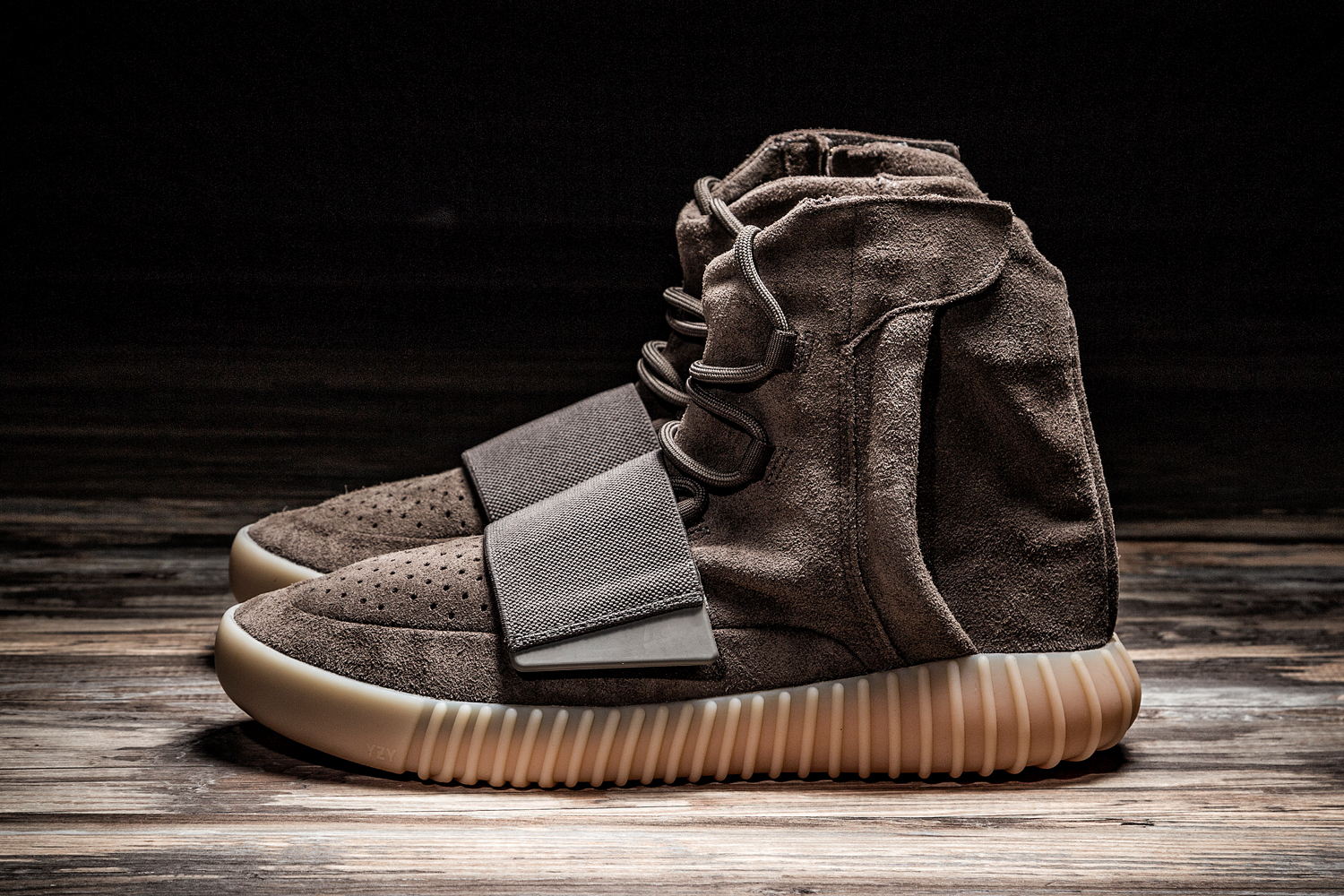 Detailed Images Of The Adidas Yeezy Boost 750 Light Brown Chocolate