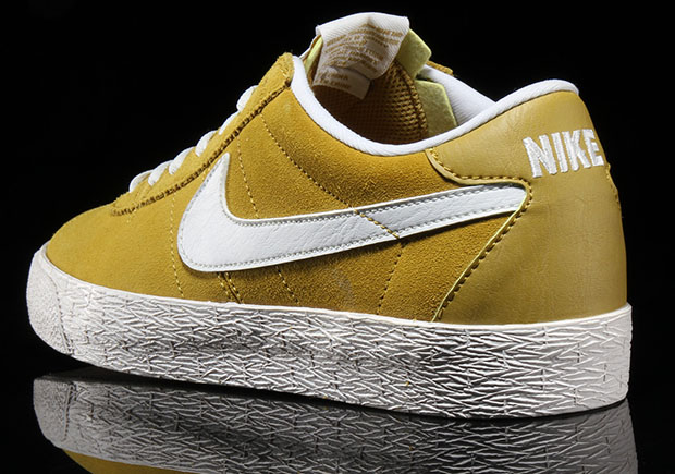 nike bruin yellow