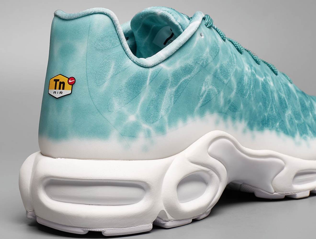 outlet boutique factory outlet quality products Look Out For The Nike Air Max Plus Swimming Pool ...