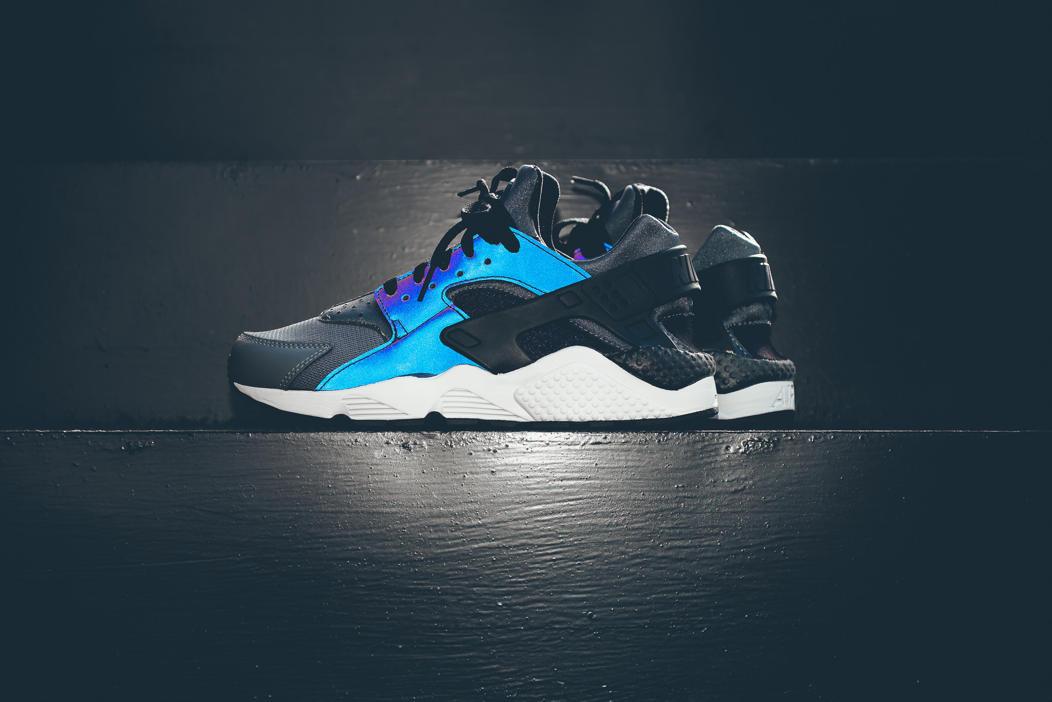the best attitude 312de 65566 Take A Look At This Reflective Nike Air Huarache ...