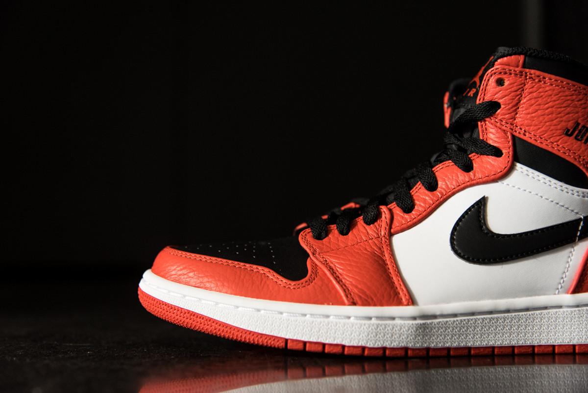 lowest price 272a4 13002 Did You Pick Up The Air Jordan 1 Rare Air Max Orange