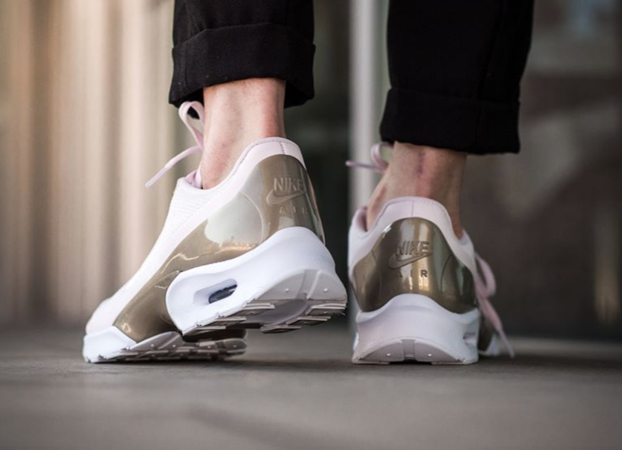 The Nike Air Max Jewell Pearl Pink Is Ready For Spring