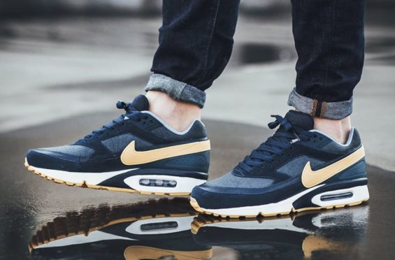 The Nike Air Max BW Premium Is Available In Armory Navy
