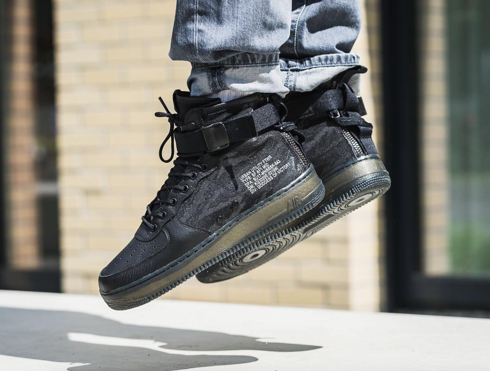 buy online c377e 92431 Release Reminder: Nike Special Field Air Force 1 Mid Black ...